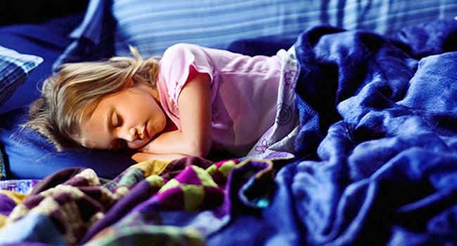 7 χαλαρωτικές μελωδίες που θα κάνουν τα παιδιά σας να κοιμούνται σαν πουλάκια