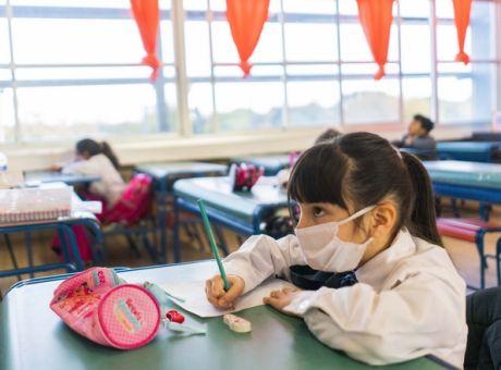 Ακατάλληλες 27.000 μάσκες που μοιράστηκαν στα Δημοτικά Σχολεία της Θεσσαλονίκης