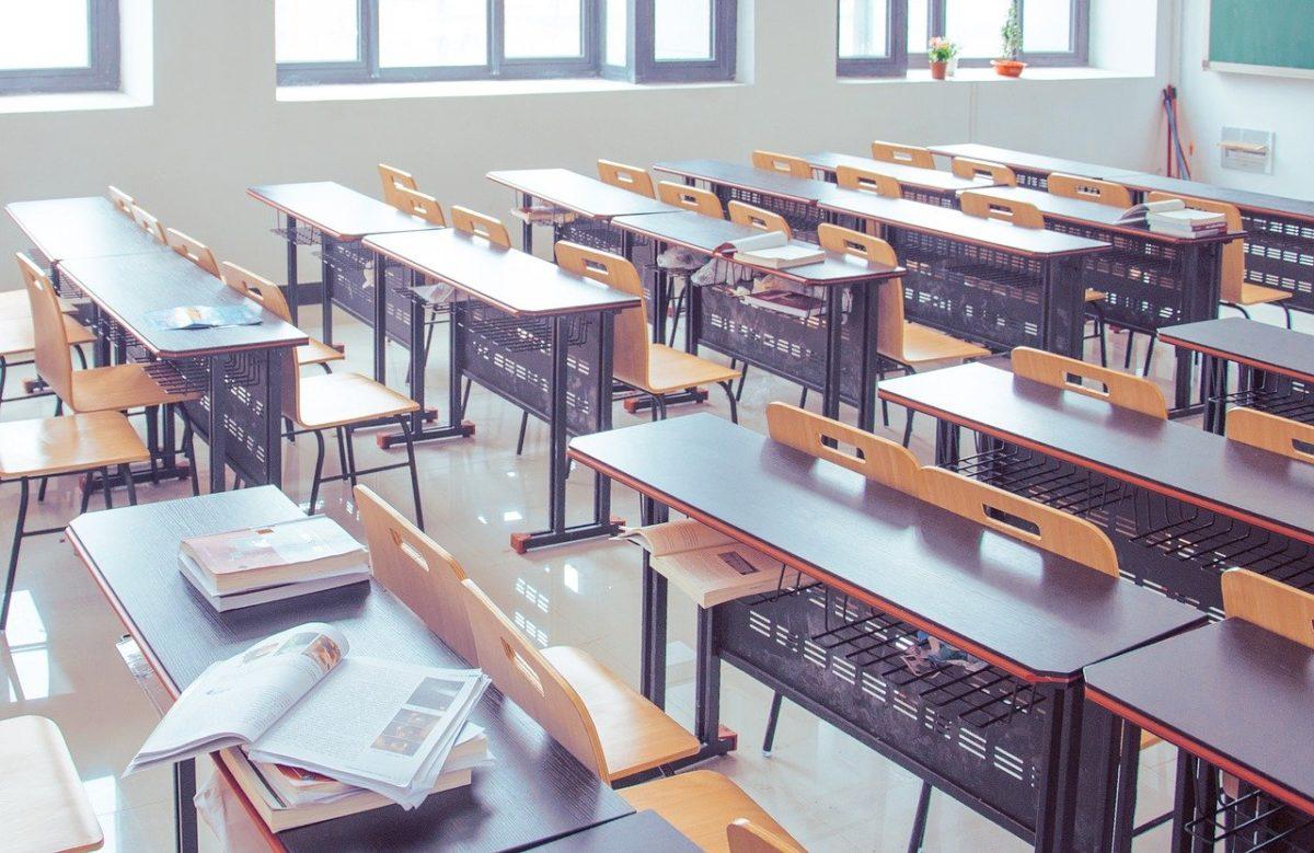 Στον «αέρα» η καθαριότητα των σχολείων; Δεν έχουν παρουσιαστεί ακόμη οι σχολικές καθαρίστριες