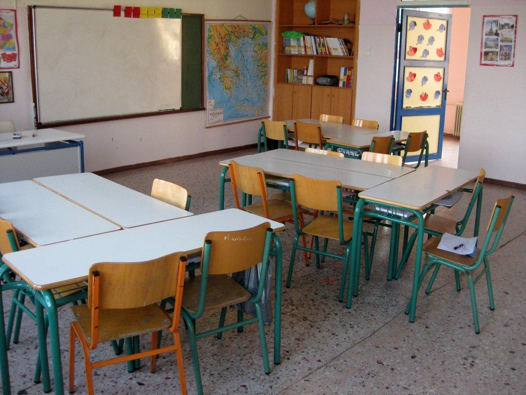 """Τσούχλος: """"Η ΟΛΜΕ θέλει όλα τα σχολεία να έχουν άριστες υλικοτεχνικές υποδομές και αίθουσες 15 παιδιών"""""""