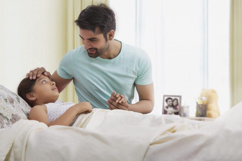 Τι διευκολύνσεις δικαιούνται οι γονείς αν το παιδί τους νοσήσει με κορωνοϊό;