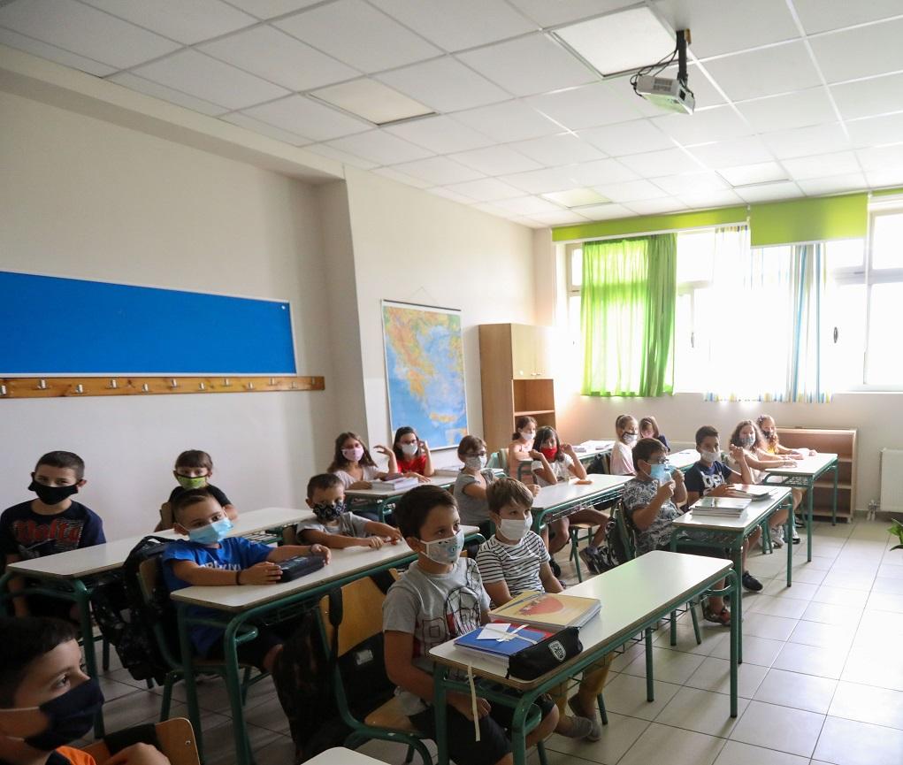 """Ν. Χαρδαλιάς: """"Καμία παράβαση δεν έχει παρατηρηθεί μέχρι τώρα στα σχολεία"""""""