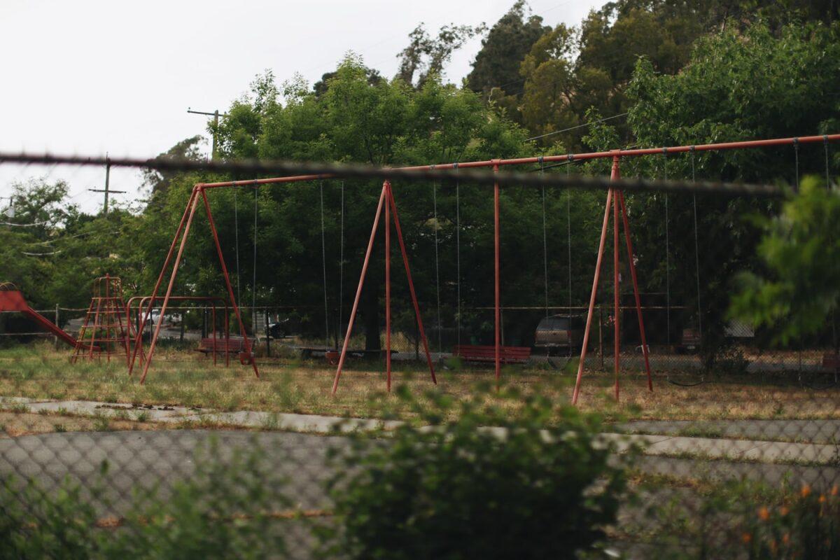 """Κλείνουν σιγά-σιγά και οι παιδικές χαρές στους δήμους των """"κόκκινων"""" περιοχών"""