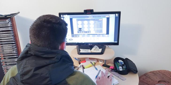 ΟΛΜΕ: Αντί το Υπ. Παιδείας να ασχοληθεί με τα προβλήματα της τηλεκπαίδευσης, ζητά εξ αποστάσεως διαγωνίσματα