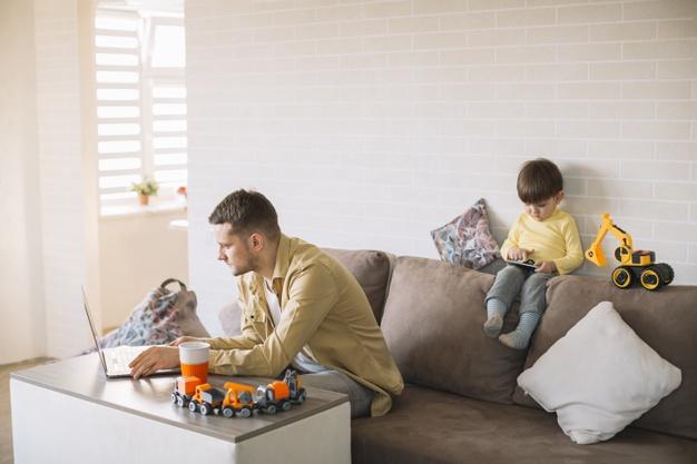 Δικαιούνται άδεια ειδικού σκοπού οι εργαζόμενοι γονείς τα Χριστούγεννα;