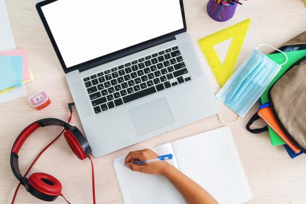Τηλεκπαίδευση σε όλα τα Γυμνάσια και τα Λύκεια: Πώς θα συνδεθεί ο μαθητής στην πλατφόρμα webex