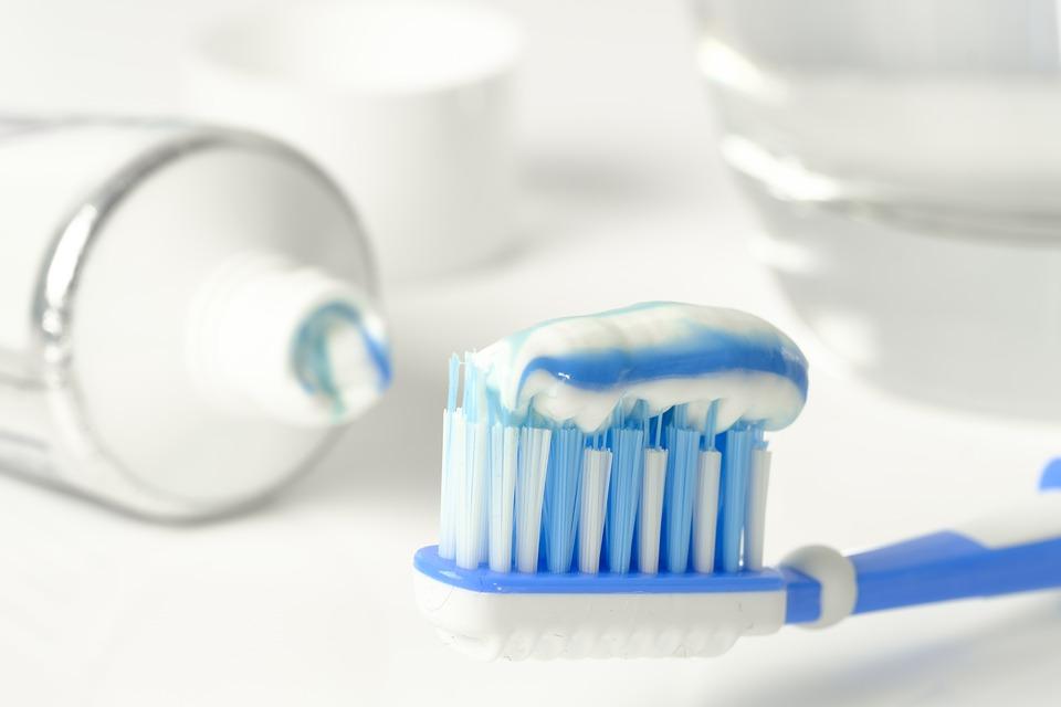 ΕΟΦ: Ανακαλούνται παρτίδες γνωστής οδοντόκρεμας