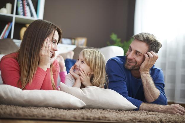 Σε αυτή την ηλικία οι γονείς επηρεάζουν περισσότερο τα παιδιά