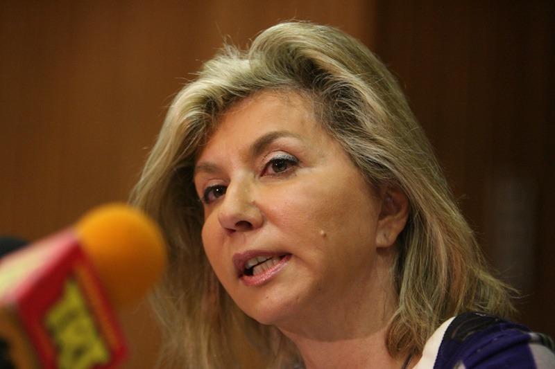 """Ζέττα Μακρή: """"Δεν μπορώ να προβλέψω αν θα κλείσουν ξανά τα σχολεία"""""""