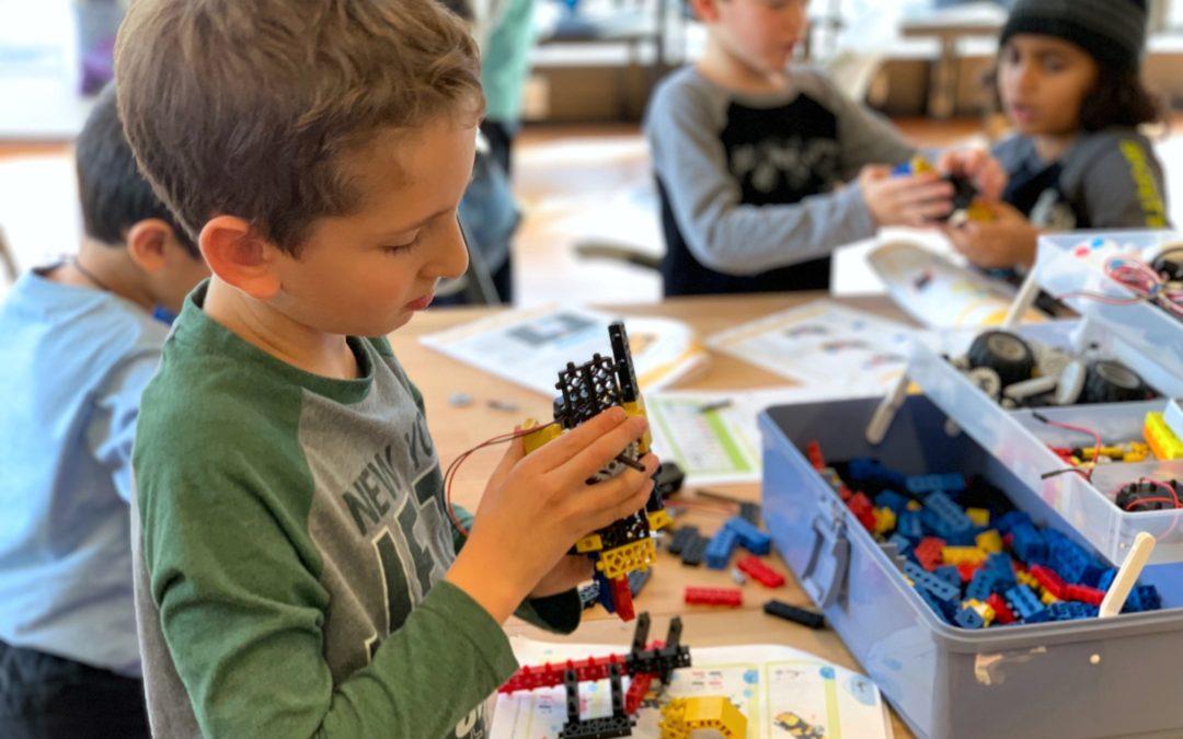 Η Ρομποτική μπαίνει στα δημόσια σχολεία της χώρας – Το παράδειγμα του Δημοτικού Σχολείου Σκουροχωρίου