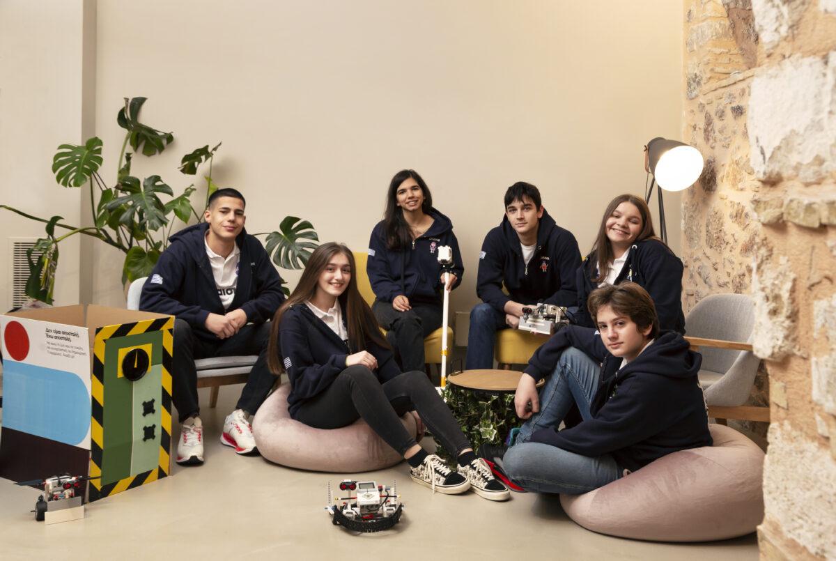 Χρυσό μετάλλιο στην Ολυμπιάδα Ρομποτικής: Η απίθανη εφεύρεση των 4 Ελλήνων μαθητών που έφερε την πρωτιά