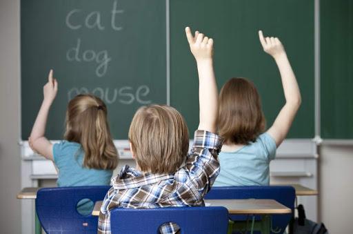 Δίνονται 120 υποτροφίες για δωρεάν εκμάθηση Αγγλικών: Πώς μπορεί να τη λάβει το παιδί σας