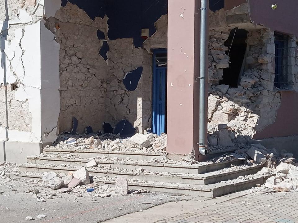 Διευθυντές: «Να ληφθούν άμεσα μέτρα για την αντισεισμική θωράκιση των σχολείων» – Ο κίνδυνος για τα λιθόκτιστα σχολικά κτίρια