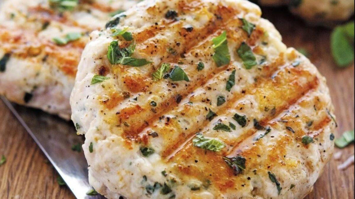 ΕΦΕΤ: Ανακαλείται μπιφτέκι κοτόπουλου που πωλείται σε σούπερ μάρκετ λόγω σαλμονέλας