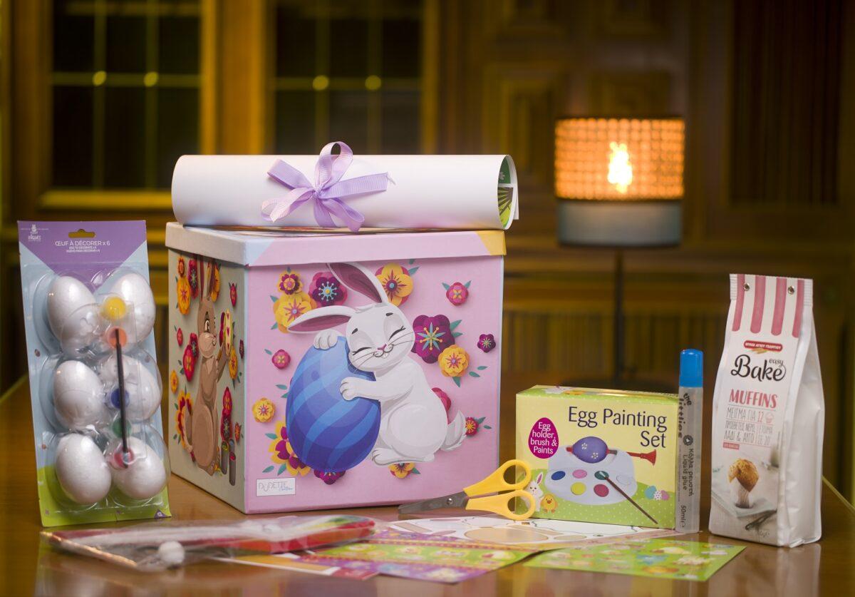 4 παιδιά κερδίζουν το The Easter Box by Dudettes, ένα πασχαλινό κουτί με χειροτεχνίες και λιχουδιές