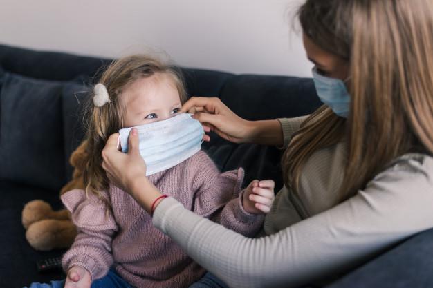 Ανακαλούνται ακατάλληλες παιδικές μάσκες – ΜΗΝ τις φοράτε στα παιδιά