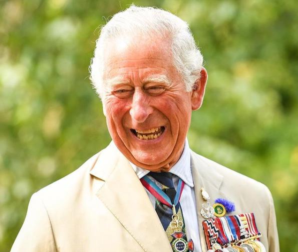O Πρίγκιπας Λούι έγινε 3 – Η απίστευτη ομοιότητα με τον παππού του!