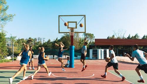 Τα παιδιά το φετινό καλοκαίρι επιλέγουν να περάσουν τις διακοπές τους στην Αθλητική Κατασκήνωση Σκούρα