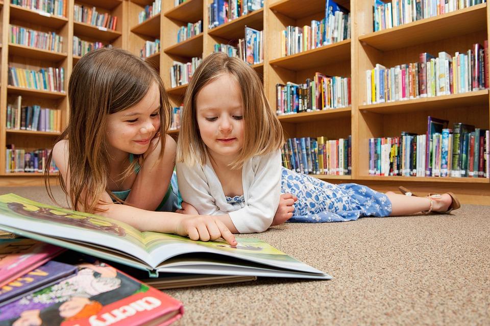 """""""Τόσο Απλά"""": Η νέα σειρά βιβλίων που δεν πρέπει να λείπει από την παιδική βιβλιοθήκη"""