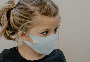 """Αστεροσκοπείο Αθηνών: Εξαιρετικά βεβαρημένη η ατμόσφαιρα - """"Χρήση διπλής μάσκας"""" συνιστά η Μ. Παγώνη"""