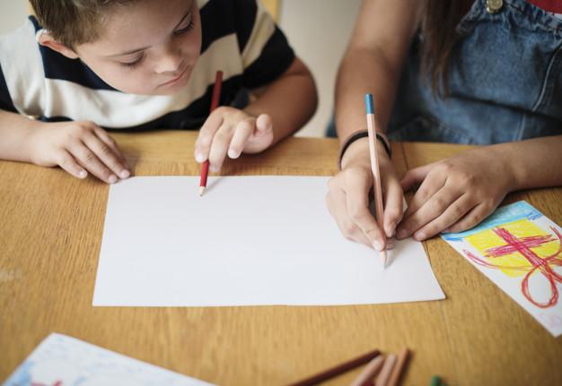 Ακόμα ένα βήμα στην προσπάθεια τα παιδιά ΑμεΑ να πάψουν να είναι αόρατα στα σχολεία
