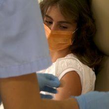 Το μήνυμα της 15χρονης Άρτεμις που εμβολιάστηκε πρώτη για τον κορωνοϊό στην Λάρισα