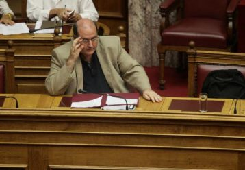 Νίκος Φίλης: «H ανακοίνωση των ελάχιστων βάσης εισαγωγής στα ΑΕΙ επιβεβαιώνει την καταστροφή»