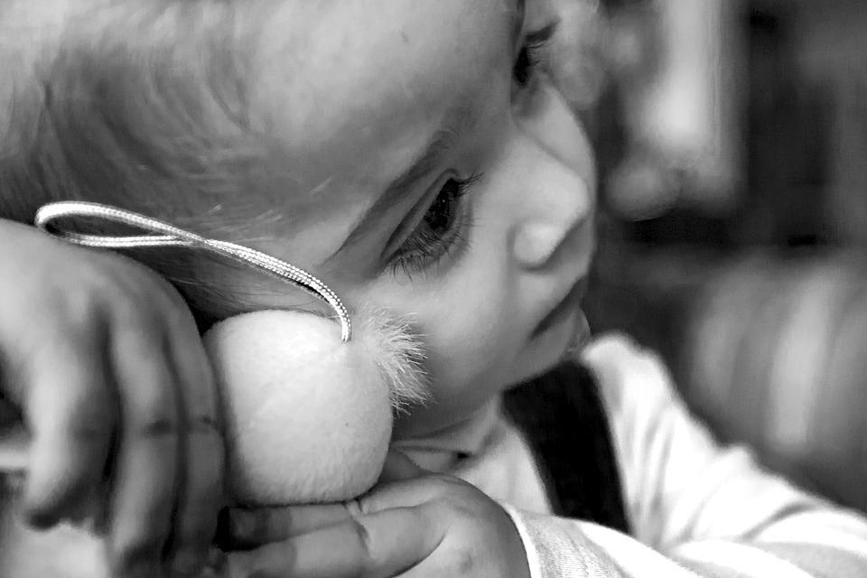 """Καταγγελία σοκ από τη Δόμνα Μιχαηλίδου: """"Κακοποιούνται παιδιά σε δομές"""""""