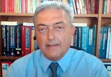"""Βασιλακόπουλος: """"Οι γονείς να εμβολιάσουν άφοβα τα παιδιά τους, χάσαμε ήδη τρία"""" - Παιδιά στην εντατική στις ΗΠΑ"""
