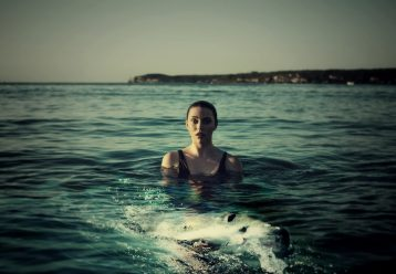 Ρόδος: Τραυματίστηκε 16χρονη σε παραλία, έπειτα από σύγκρουση με σκάφος