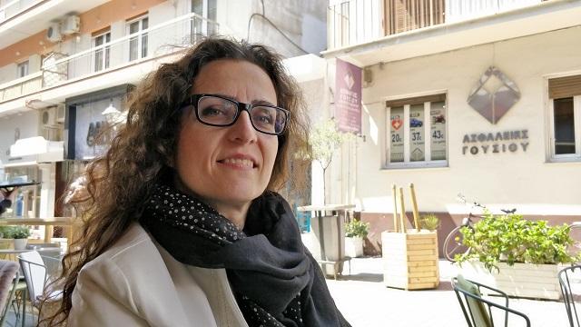Νικολέττα Λώλη: Η μητέρα που αρίστευσε στις Πανελλήνιες 2021 και διάβαζε παρέα με την 8χρονη κορούλα της