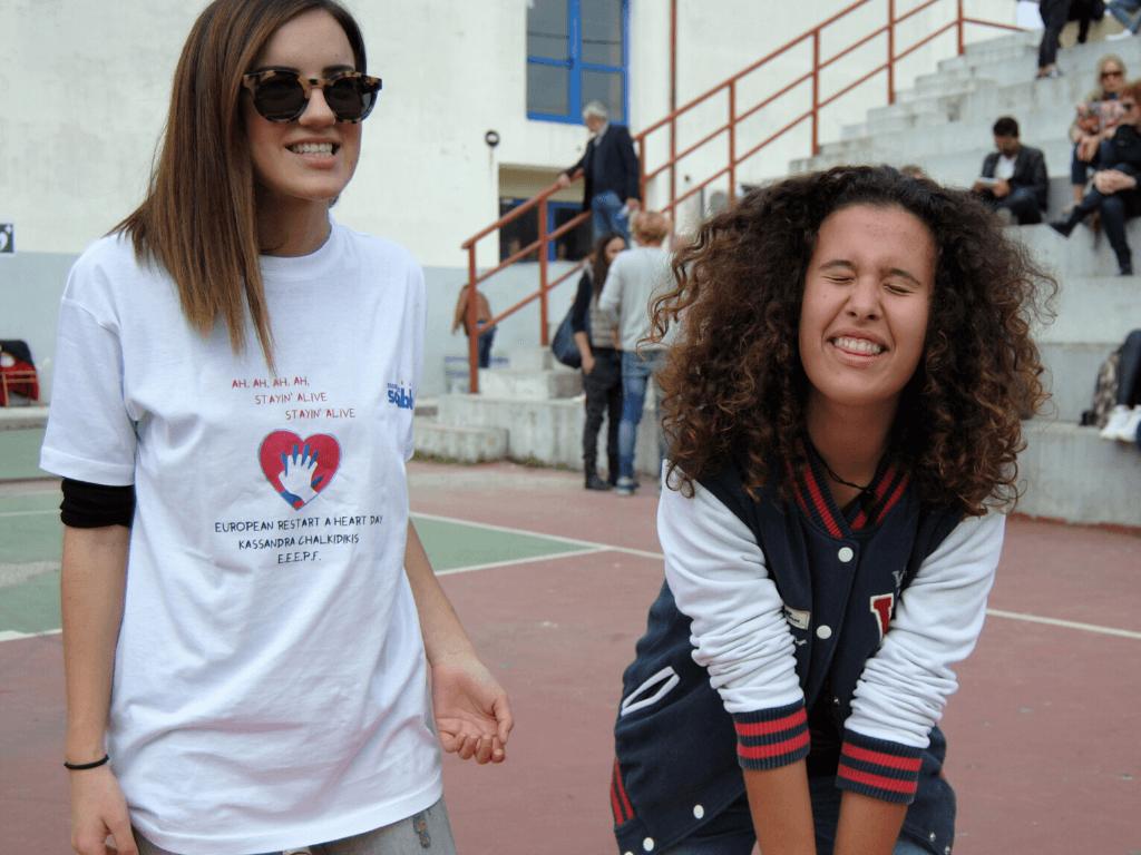 Η 17χρονη Αργυρώ έγινε η μικρότερη εκπαιδεύτρια πρώτων βοηθειών σε όλη την Ευρώπη - Αξίζει το χειροκρότημά μας