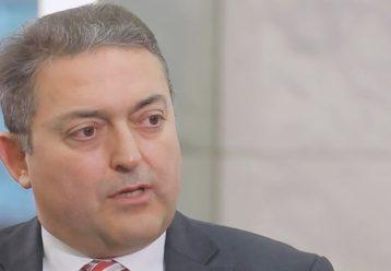 """Θ. Βασιλακόπουλος: """"Τα παιδί δεν θα εμβολιαστεί για να σώσει τη γιαγιά, αλλά τον εαυτό του"""""""