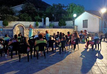 Τα Παραμυθοκαμώματα ταξιδεύουν στο Ιόνιο: Τυχερά τα παιδιά που θα τα απολαύσουν σε αυτό το νησί!