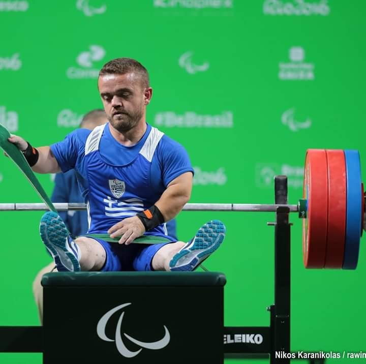 """Παραολυμπιακοί Αγώνες Τόκιο: """"Χάλκινος"""" ο Δημήτρης Μπακοχρήστος στα -54kg της άρσης βαρών"""