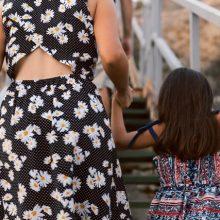 """""""Ένας δείκτης πολύ έξω από τα φυσιολογικά"""": Η εξομολόγηση μιας μαμάς για το σπάνιο νόσημα της κόρης της"""