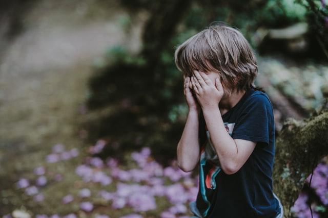 Πάτρα: 6χρονος εντοπίστηκε να περιπλανιέται μόνος - Η φωτογραφία από το Χαμόγελο του Παιδιού