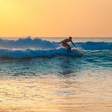 Βουλιαγμένη: Τραυματίστηκε 14χρονος που έκανε «flight surfboard»