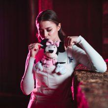 Η Στεφανία Λυμπερακάκη τραγουδά για την Disney και... διεκδικεί ρόλο παρουσιάστριας!