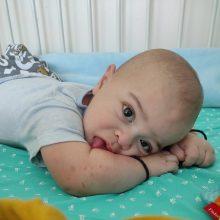 Ο 15 μηνών Χρήστος Εφραίμ θα υποβληθεί σε μεταμόσχευση ήπατος στη Σικελία και μάς χρειάζεται στο πλευρό του