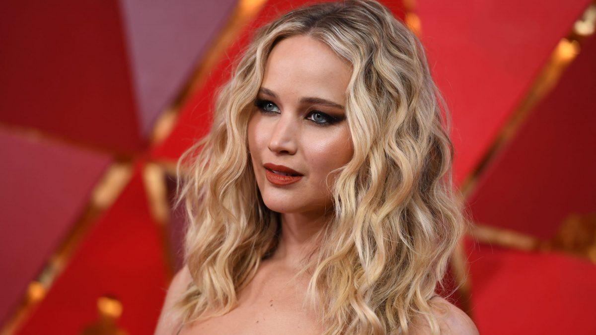 Έγκυος στο πρώτο της παιδί η χολυγουντιανή ηθοποιός Jennifer Lawrence