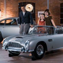 James Bond ...Junior: Αυτή η Aston Martin για παιδιά κοστίζει περισσότερο από το αυτοκίνητό σου