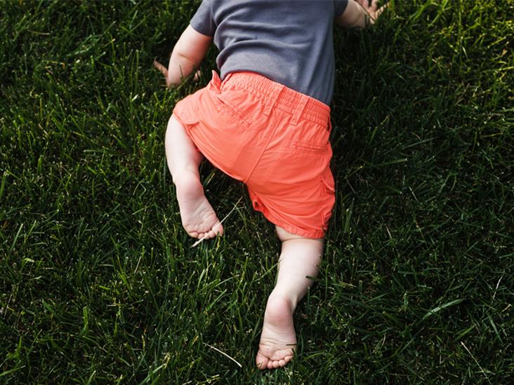 Αν το παιδάκι σας γεννήθηκε το Χειμώνα θα μπουσουλήσει γρηγορότερα!
