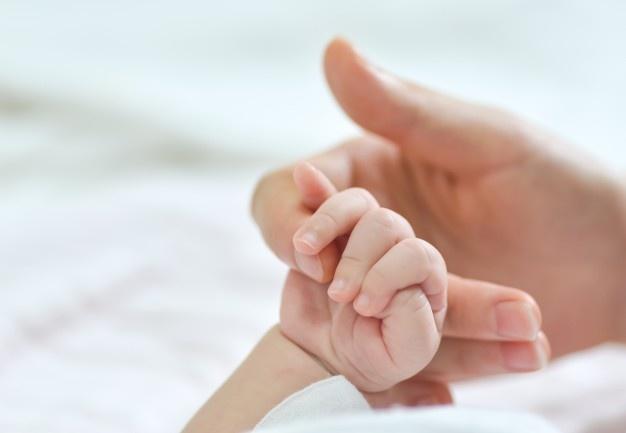 Βόλος: Αγωνία για βρέφος 8 μηνών που κατέρρευσε - Ο επίμονος υψηλός πυρετός προβληματίζει