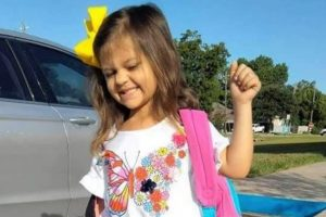 4χρονη πέθανε από covid-19 αφού κόλλησε από την αντιεμβολιάστρια μητέρα της