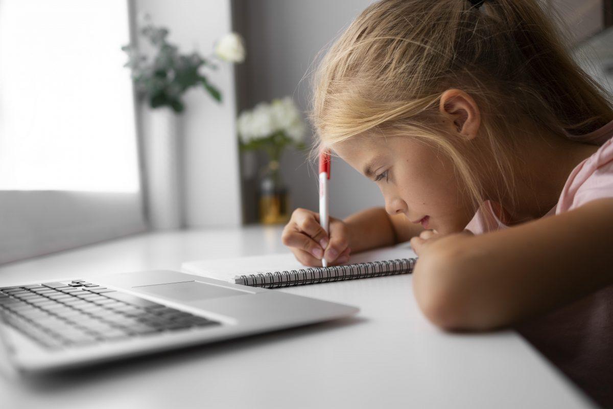 Αυτοί οι μαθητές δικαιούνται τηλεκπαίδευση – Η μεγάλη αλλαγή σε όσα ίσχυαν πέρσι