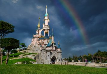 Μόλις επιστρέψαμε από τη Disneyland με τα παιδιά και... να τι πρέπει να ξέρετε αν σκέφτεστε να πάτε!