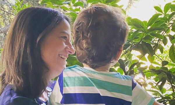"""""""Πρεμιέρα"""" για τους παιδικούς σταθμούς – Η Νίκη Κεραμέως εύχεται στον μικρό της γιο (φωτό)"""