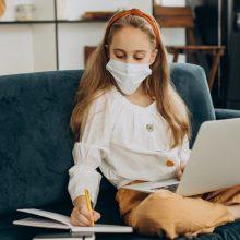 Αυξάνονται σταθερά τα κρούσματα στα παιδιά - Τι γίνεται με τις νοσηλείες