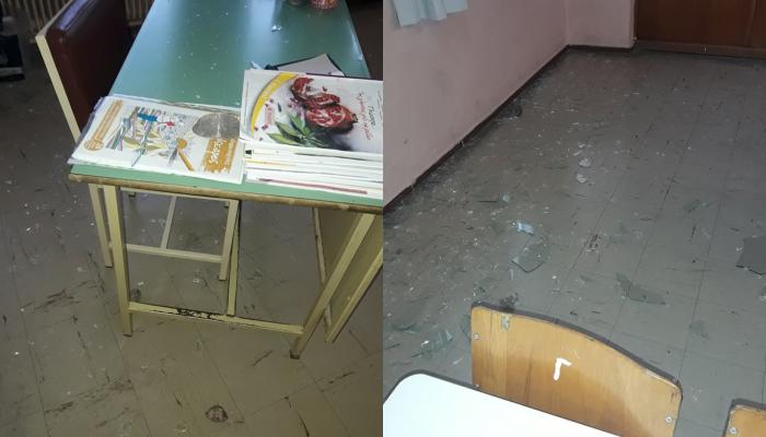 Αγρίνιο: Βανδάλισαν Δημοτικό Σχολείο οι Ρομά – Γιατί τα έκαναν «γυαλιά καρφιά» (φωτό)